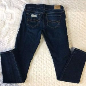 Abercrombie & Fitch distressed jeans size 4L